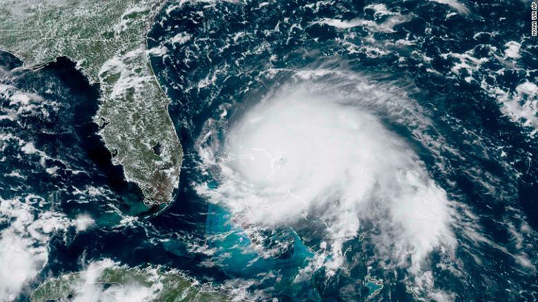 Dech beroucí video z oka hurikánu1 min čtení