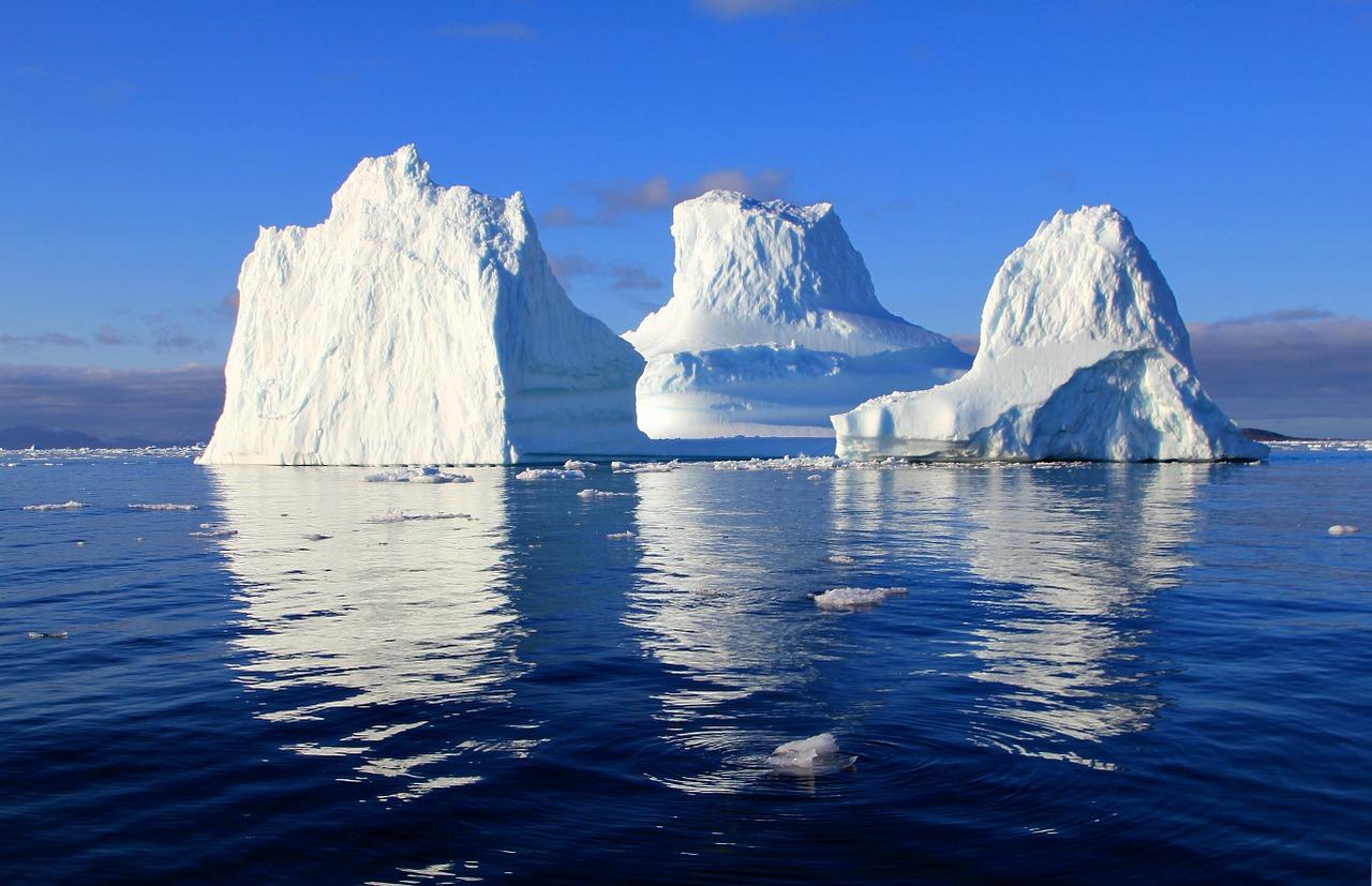 Rekordní tání ledovců v Grónsku v létě  20193 min čtení